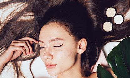 Doğal Saç Uzatma Yöntemleri